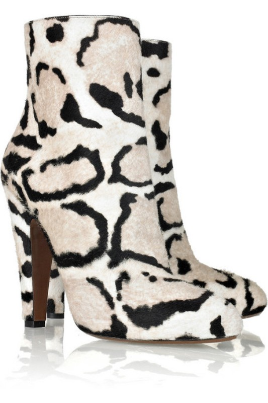leopard-prints-tiger-stripes-6 24+ Most Stylish Boot Trends for Women in 2020