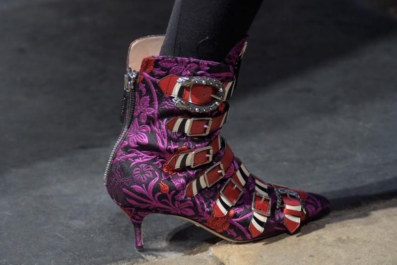 low-or-kitten-heels-4 28+ Catchiest Women's Shoe Trends to Expect in 2020