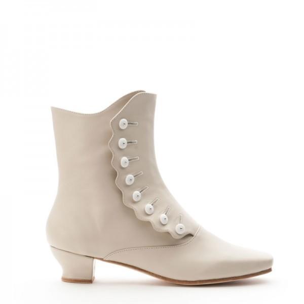 low-or-kitten-heels-5 28 Catchiest Women's Shoe Trends to Expect in 2017