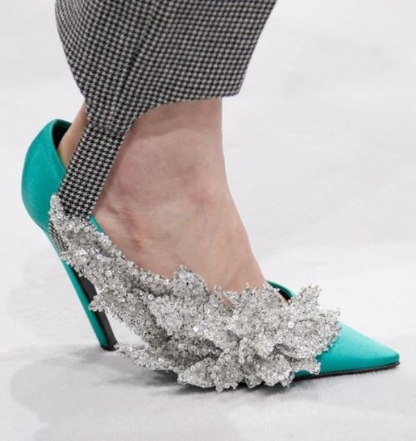 luxury-shoes-2 28+ Catchiest Women's Shoe Trends to Expect in 2018
