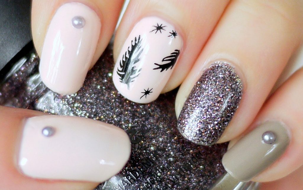 maxresdefault-1 36 Easiest Feather Nail Art Designs