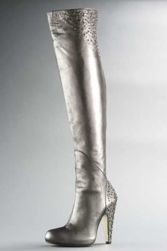 metallic-shades-6 24+ Most Stylish Boot Trends for Women in 2020