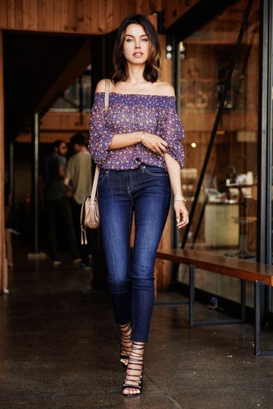 off-the-shoulder-looks-1 36+ Hottest Fashion Trends You Need to Know