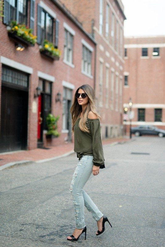 olive-green-and-khaki-outfits-11 15 Hottest Fashion Color Trends You'll Love in 2019
