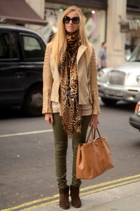 olive-green-and-khaki-outfits-4 15 Hottest Fashion Color Trends You'll Love in 2020
