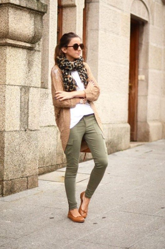 olive-green-and-khaki-outfits-9 15 Hottest Fashion Color Trends You'll Love in 2019