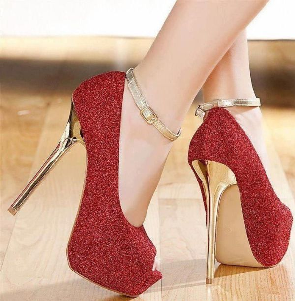 open-toes-sandals-5 28+ Catchiest Women's Shoe Trends to Expect in 2021