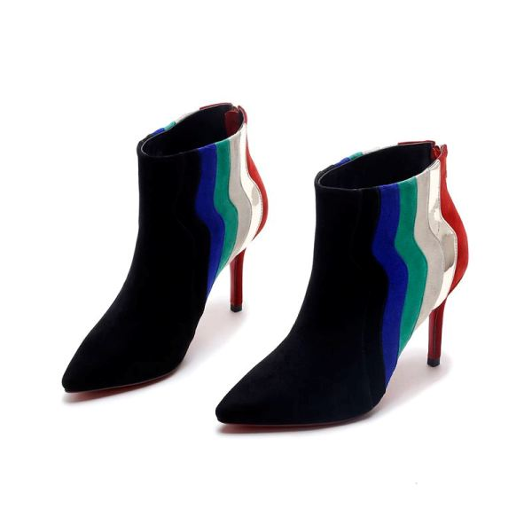 pointy-toes-1-2 24+ Most Stylish Boot Trends for Women in 2020