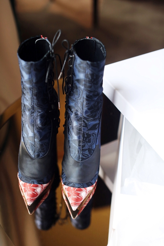 pointy-toes-2-1 24+ Most Stylish Boot Trends for Women in 2020
