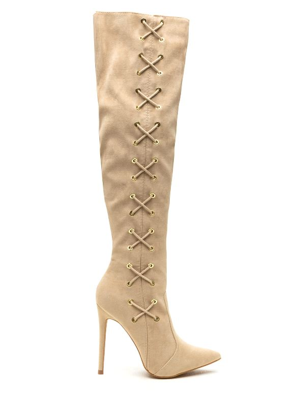 pointy-toes-3 24+ Most Stylish Boot Trends for Women in 2020