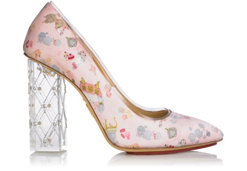 printed-shoes-2 28+ Catchiest Women's Shoe Trends to Expect in 2020