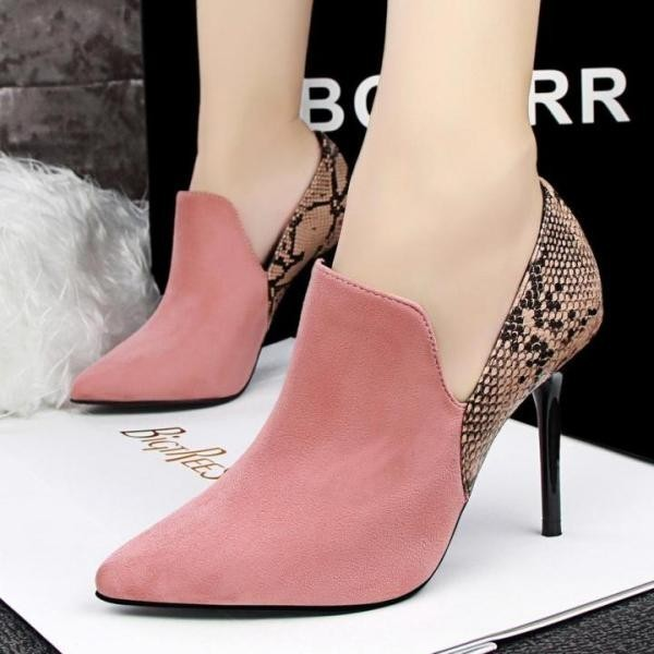reptile-skin-shoes-5 28+ Catchiest Women's Shoe Trends to Expect in 2018