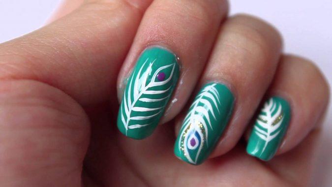 saaaaa-675x380 36 Easiest Feather Nail Art Designs