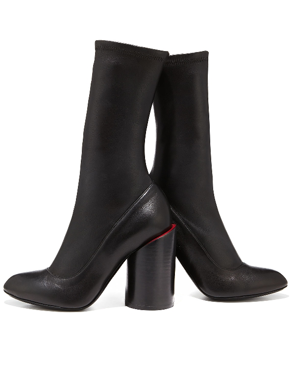 sculptured-heels-3 24+ Most Stylish Boot Trends for Women in 2020