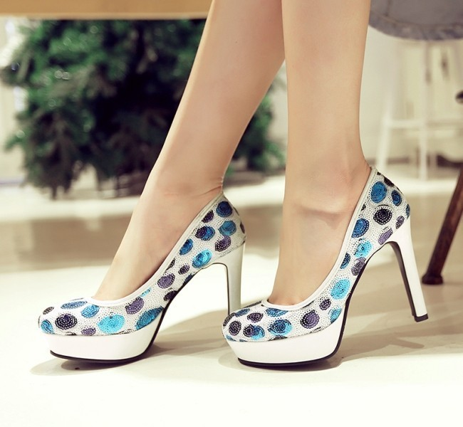 sequined-shoes-6 28 Catchiest Women's Shoe Trends to Expect in 2017