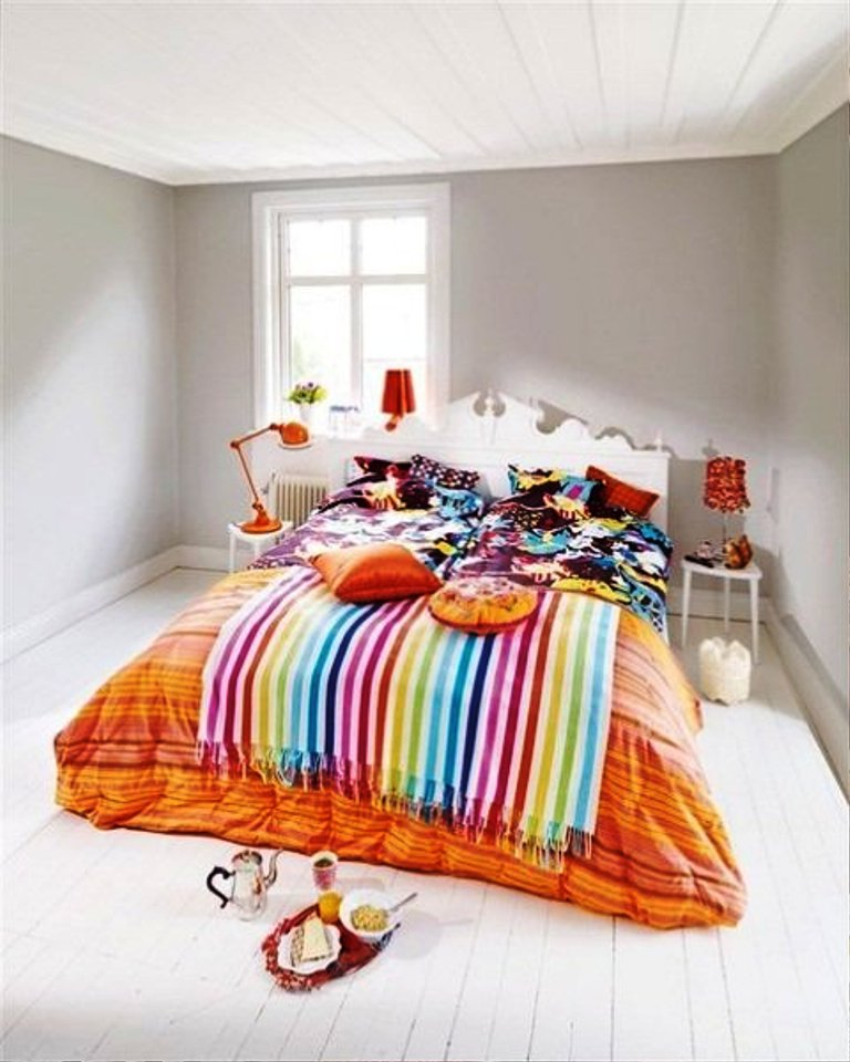 small-minimalist-nightstands-for-stripe-colorful-bedroom-sets_orange-stylish-bedpsread_white-luxury-headboard_medium-fresh-shiny-windows_cute-elegant-lamps 5 Main Bedroom Design Trends For 2018
