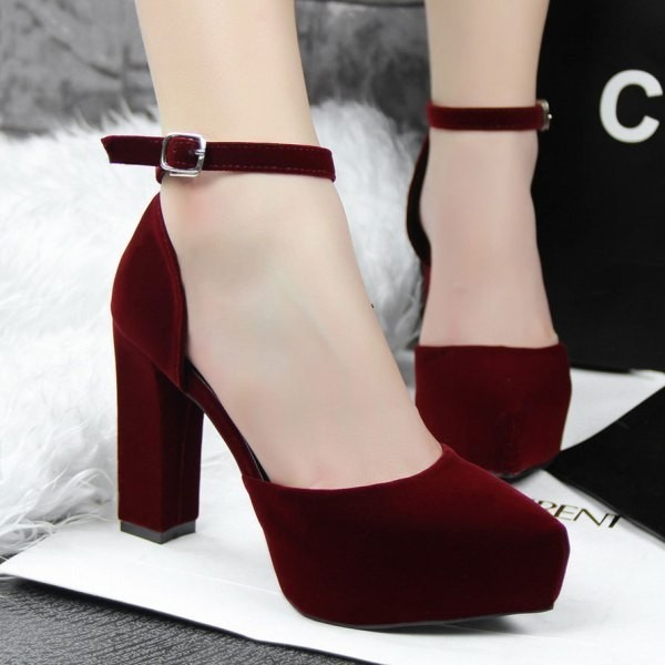 square-heels 28+ Catchiest Women's Shoe Trends to Expect in 2018