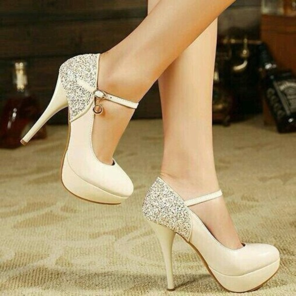 strap-stile 5 Upcoming Shoes Trends for Women in 2020