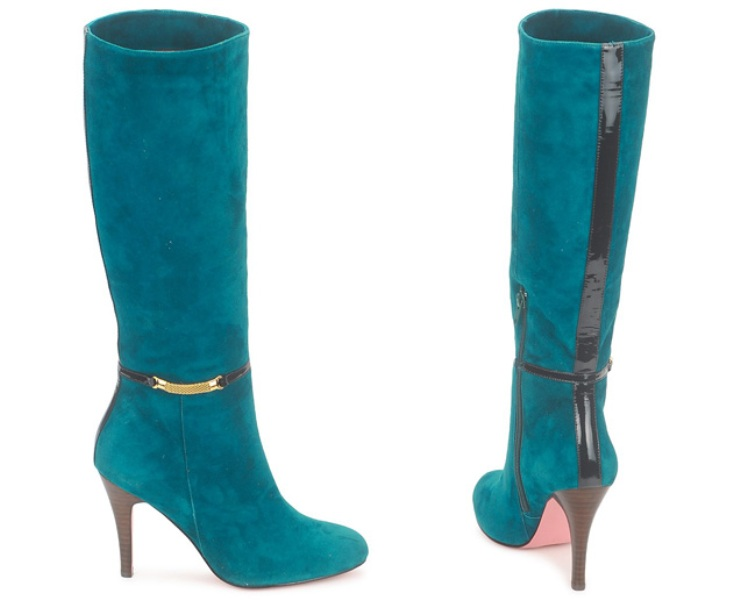 suede-and-velvet-4 24+ Most Stylish Boot Trends for Women in 2020