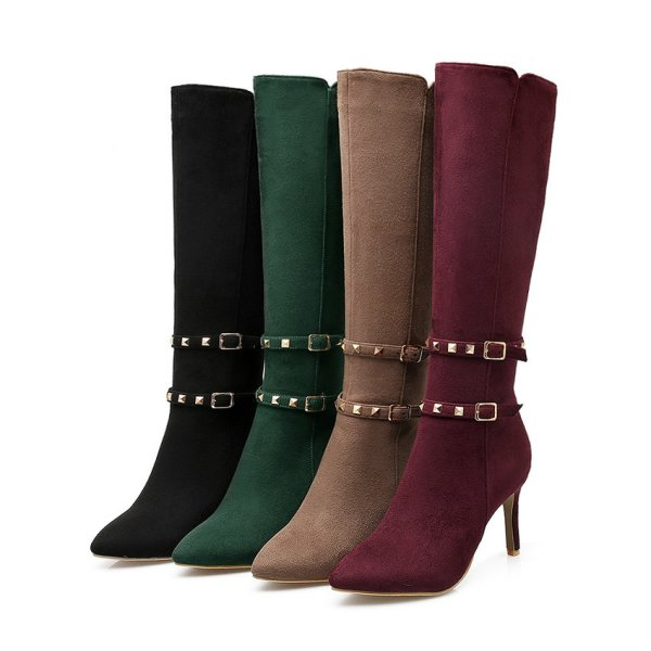 using-buckles-4 24+ Most Stylish Boot Trends for Women in 2020