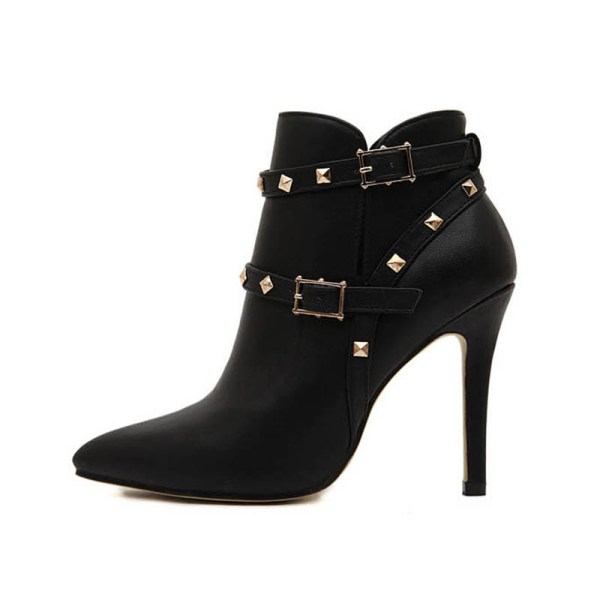 using-buckles 24+ Most Stylish Boot Trends for Women in 2020