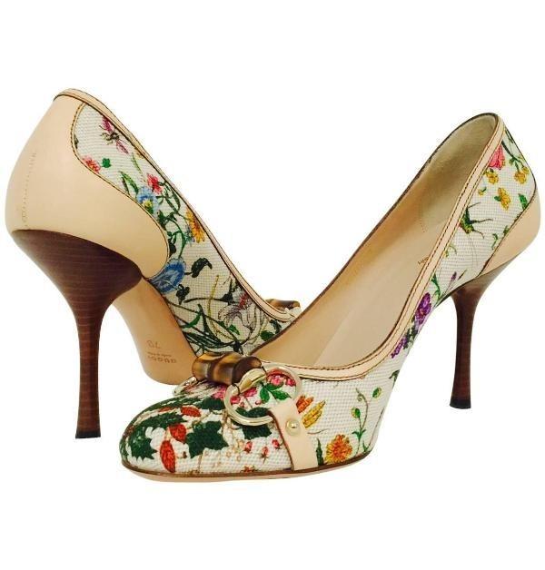 wooden-heels-1 28+ Catchiest Women's Shoe Trends to Expect in 2020