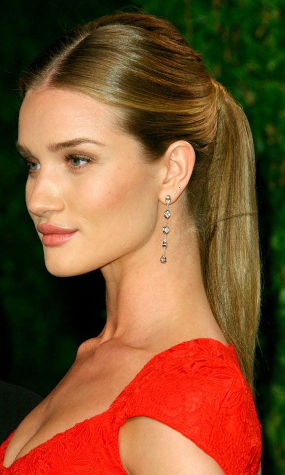 940967dd2216c0f07e1cedec19d174e1 Most Trendy Classic Prom Hairstyles of Long Hairs