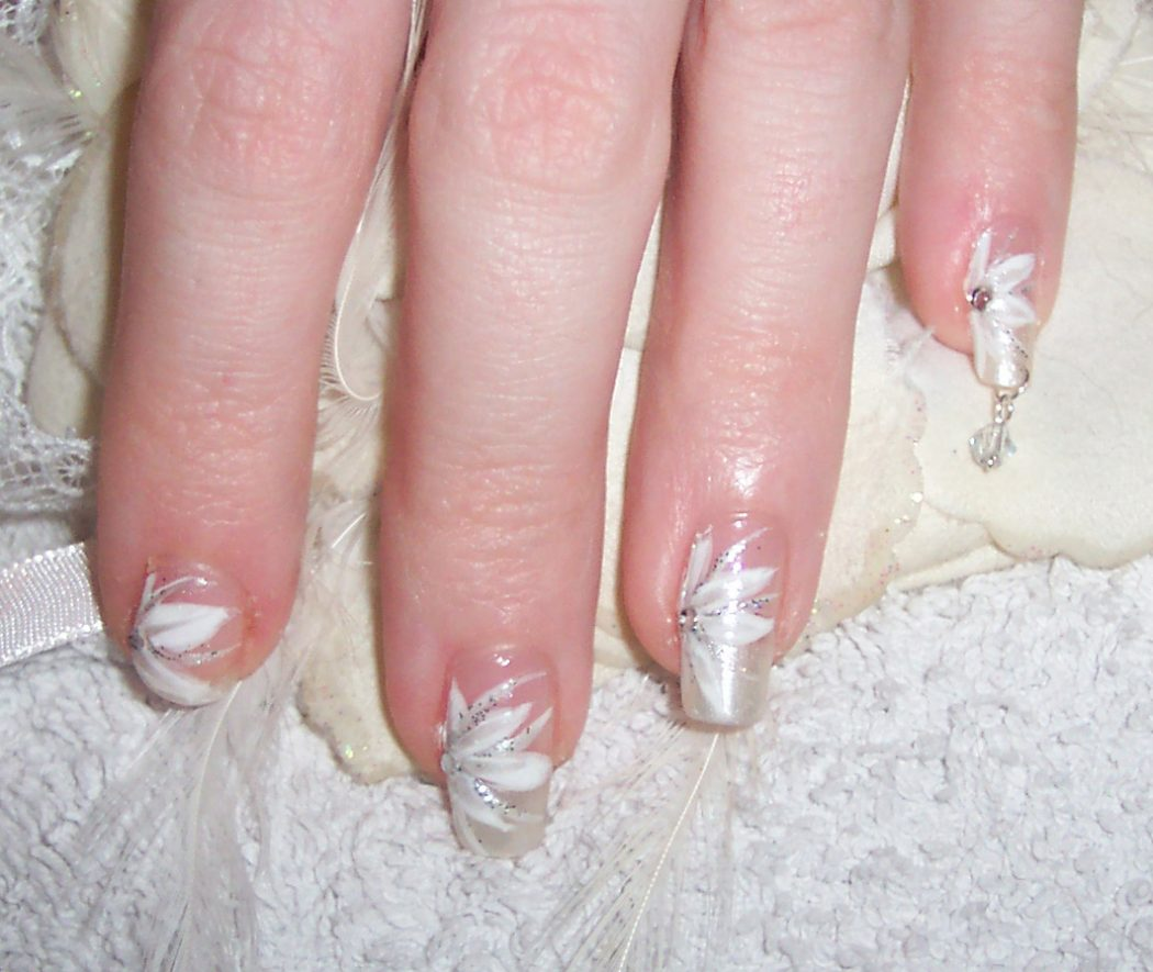 Bridal-Nails-Ideas-SteadyBeauty-Com 50+ Coolest Wedding Nail Design Ideas