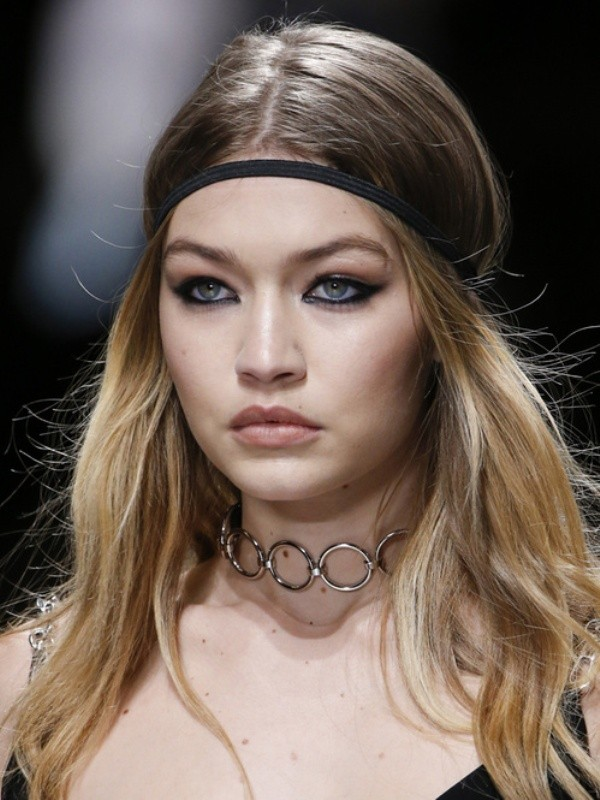 Chokers-4 23+ Most Breathtaking Jewelry Trends in 2020