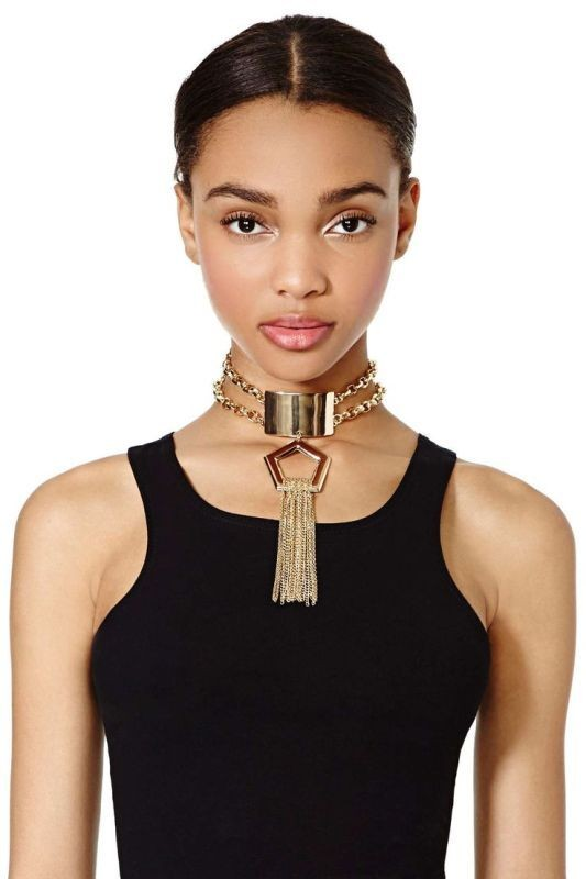 Chokers 12 Outdated Fashion Trends Coming Back in 2020