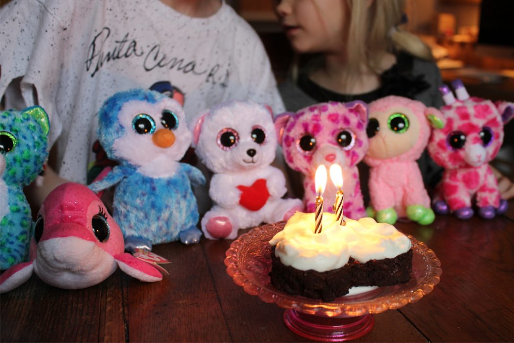 HeartCake_IMG_0156 4 Most Creative Beanie Boo Birthday Party Ideas