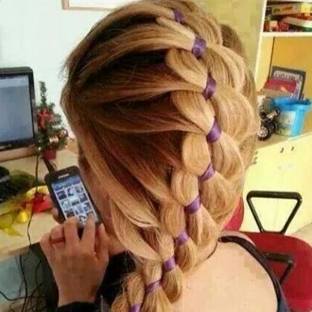 Screen-Shot-2014-10-02-at-1.53.29-PM Most Trendy Classic Prom Hairstyles of Long Hairs