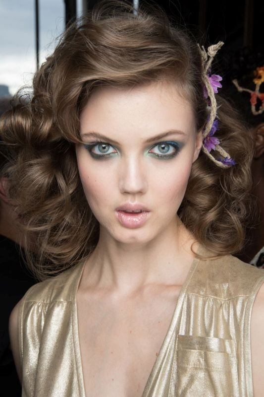 Voluminous-Hair-2 20+ Hottest Haircuts & Hairstyles for Women in 2020