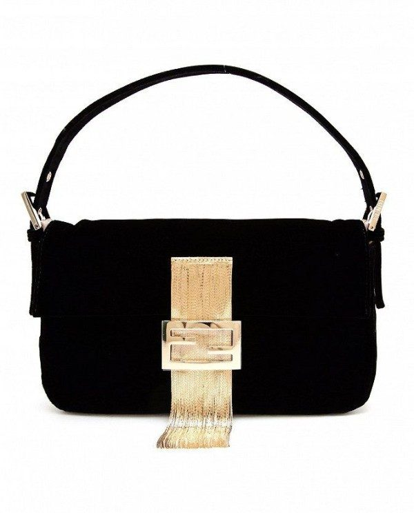 baguette-handbags-1 26+ Awesome Handbag Trends for Women in 2020