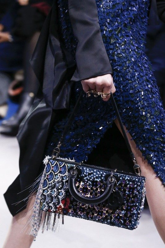 baguette-handbags-4 26+ Awesome Handbag Trends for Women in 2020