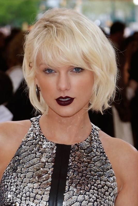 bangs 20+ Hottest Haircuts & Hairstyles for Women in 2020