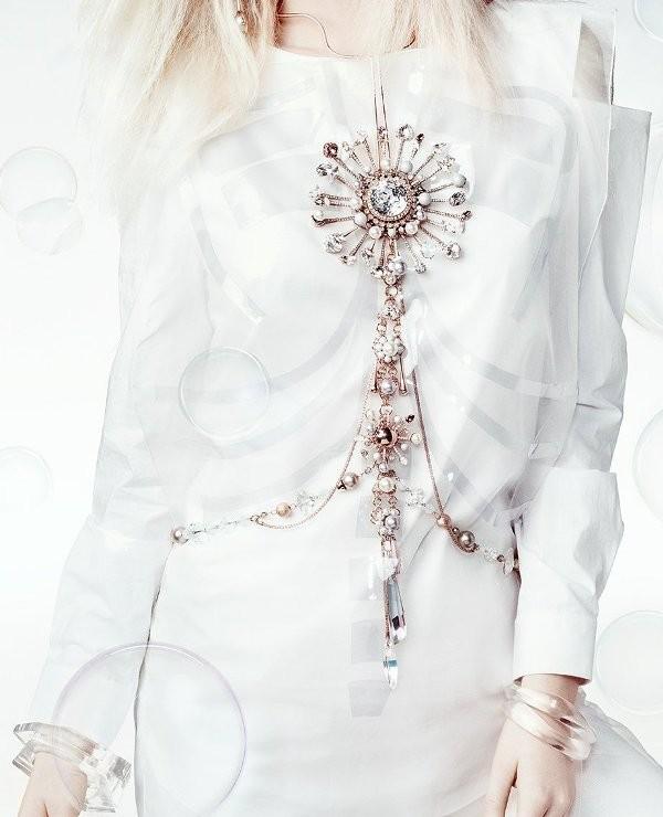 body-jewelry-3 23+ Most Breathtaking Jewelry Trends in 2020