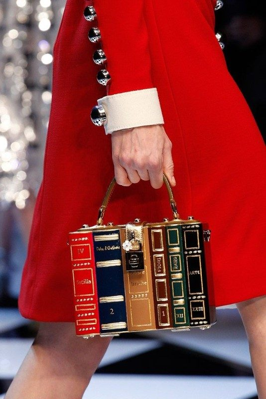 boxy-handbags-3 26+ Awesome Handbag Trends for Women in 2018