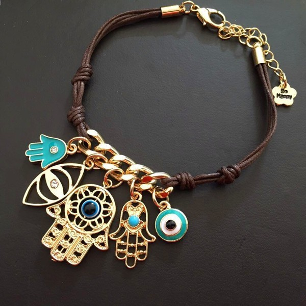 charms-and-amulets-3 23+ Most Breathtaking Jewelry Trends in 2021 - 2022