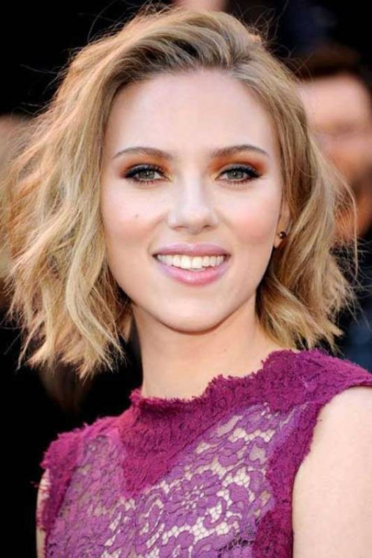 deep-side-part-2 20+ Hottest Haircuts & Hairstyles for Women in 2020