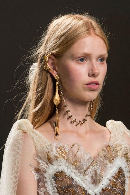 ear-cuffs-2 23 Most Breathtaking Jewelry Trends in 2017