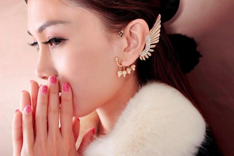 ear-cuffs-5 23+ Most Breathtaking Jewelry Trends in 2021 - 2022