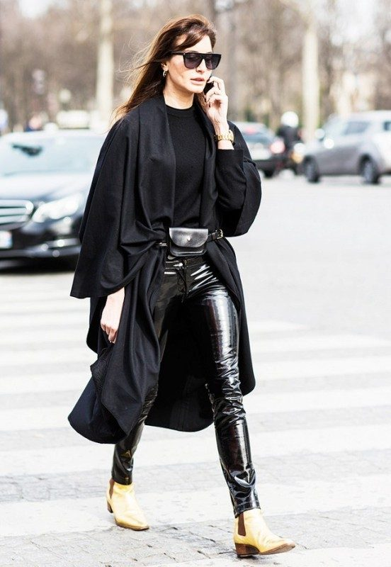 fanny-packs-2 26+ Awesome Handbag Trends for Women in 2018