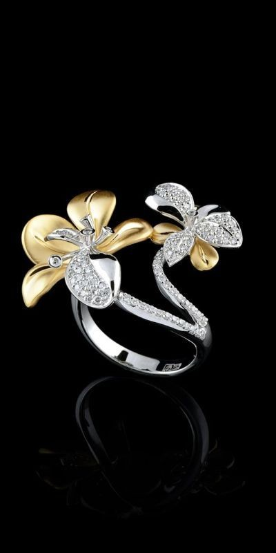 flora-and-fauna-jewelry-2 23+ Most Breathtaking Jewelry Trends in 2021 - 2022