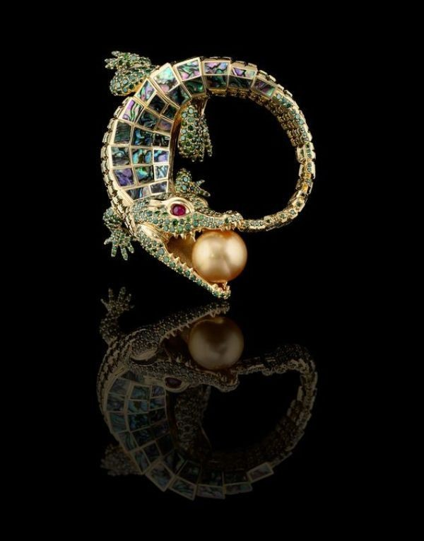 flora-and-fauna-jewelry-5 23+ Most Breathtaking Jewelry Trends in 2021 - 2022