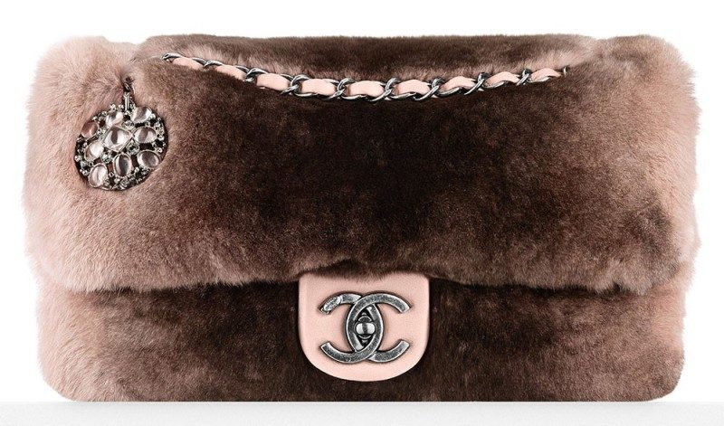 fur-handbags-1 26+ Awesome Handbag Trends for Women in 2020
