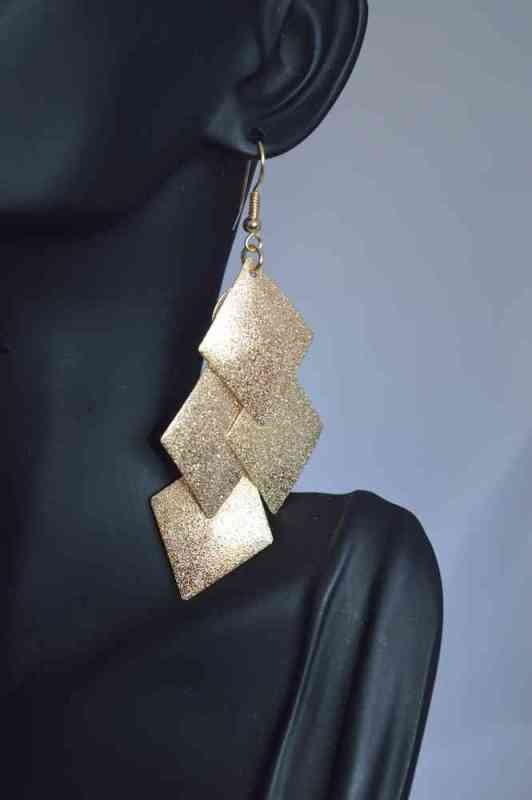 geometric-jewelry-5 23+ Most Breathtaking Jewelry Trends in 2020