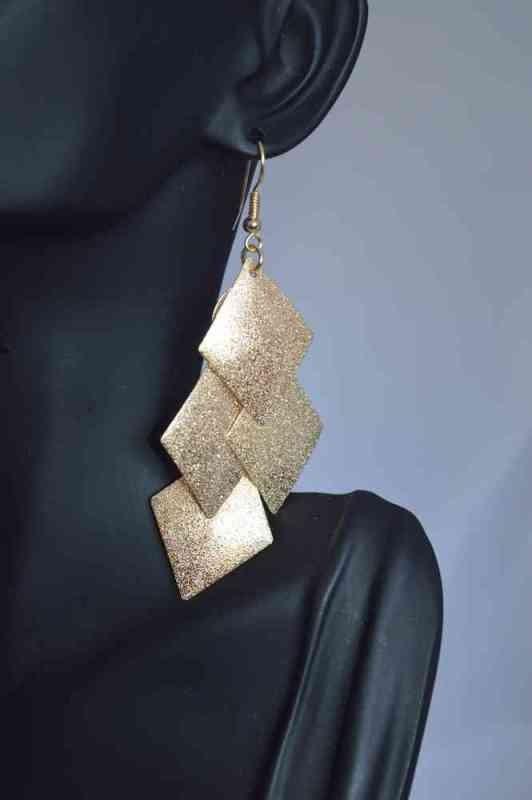 geometric-jewelry-5 23+ Most Breathtaking Jewelry Trends in 2021 - 2022