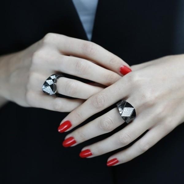 geometric-jewelry-6 23+ Most Breathtaking Jewelry Trends in 2020