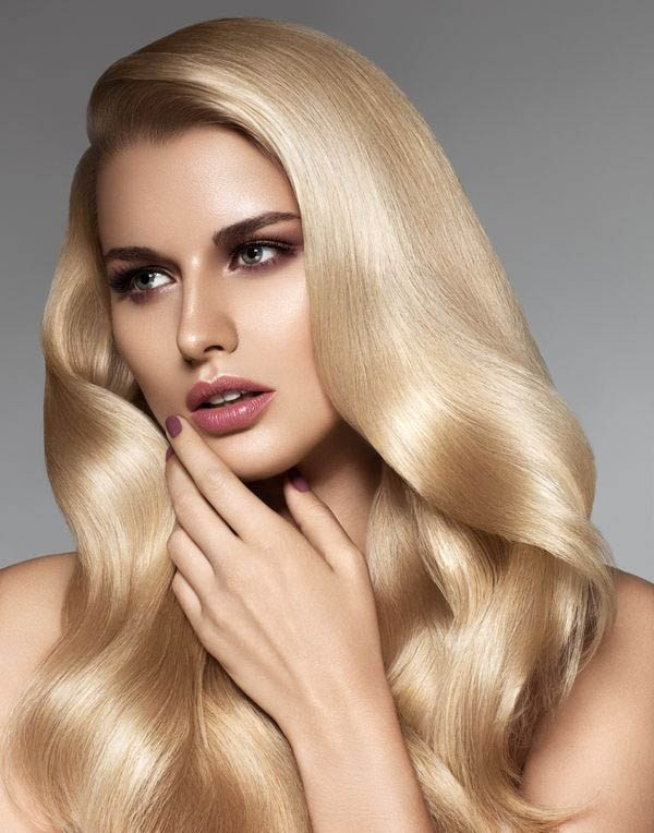 golden-blonde-2 31+ Marvelous Hair Color Trends for Women in 2020